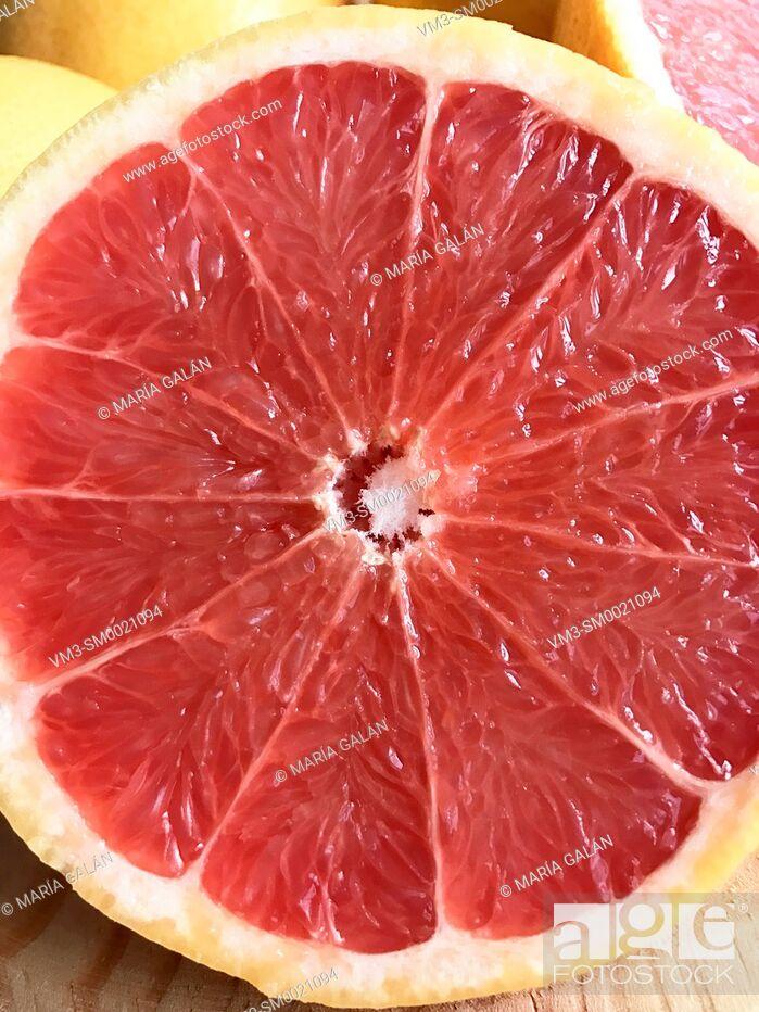 Imagen: Grapefruit, close view.