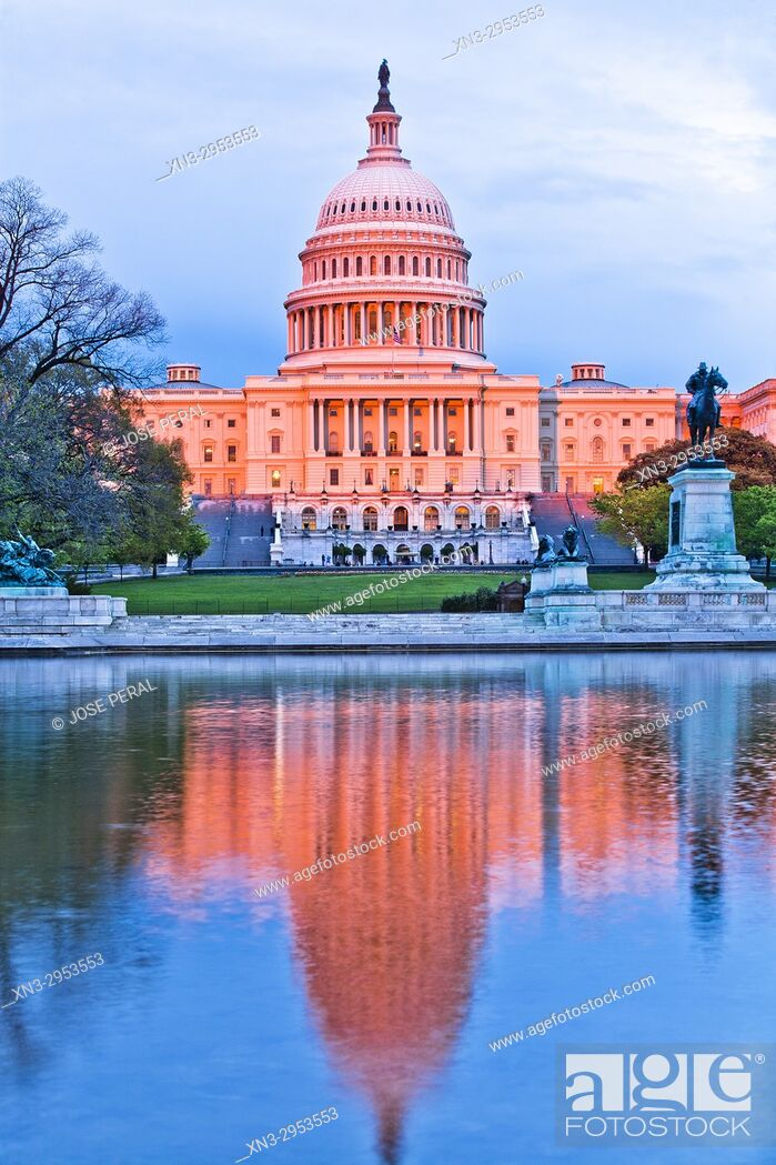Imagen: United States Capitol, often called the Capitol Building, is the home of the United States Congress, National Mall, Washington, D.C.