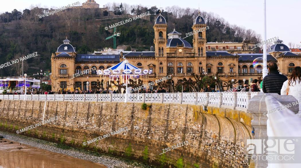 Stock Photo: Promenade of San Sebastian, in the background, the City Hall. San Sebastian, Gipuzkoa, Donostialdea, Basque Country, Spain, Europe.