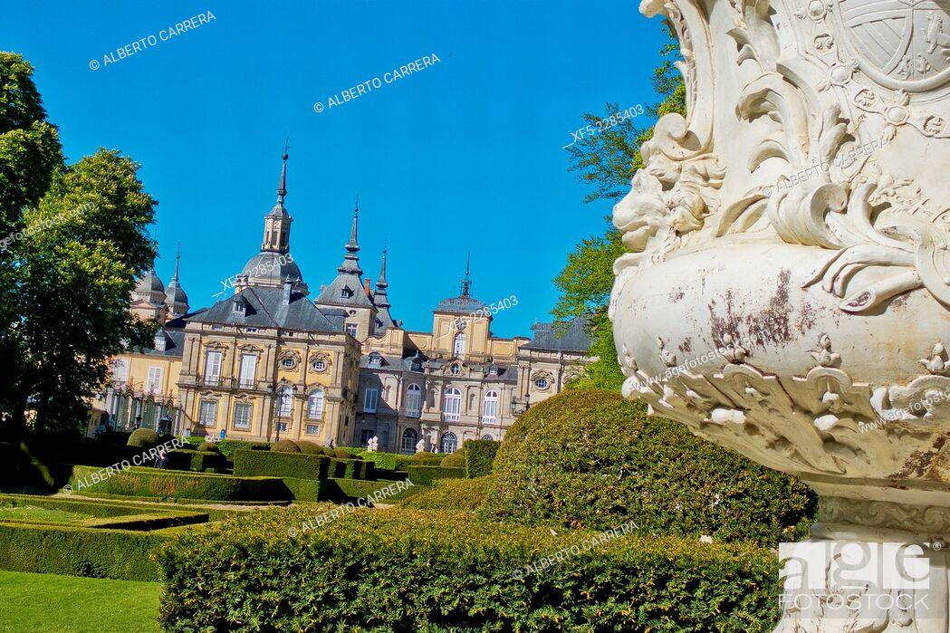 Imagen: Royal Palace and Gardens, La Granja de San Ildefonso, Real Sitio de San Ildefonso, Biosphere Reserve UNESCO, San Ildefonso, Valsaín, Segovia, Castilla Y León.