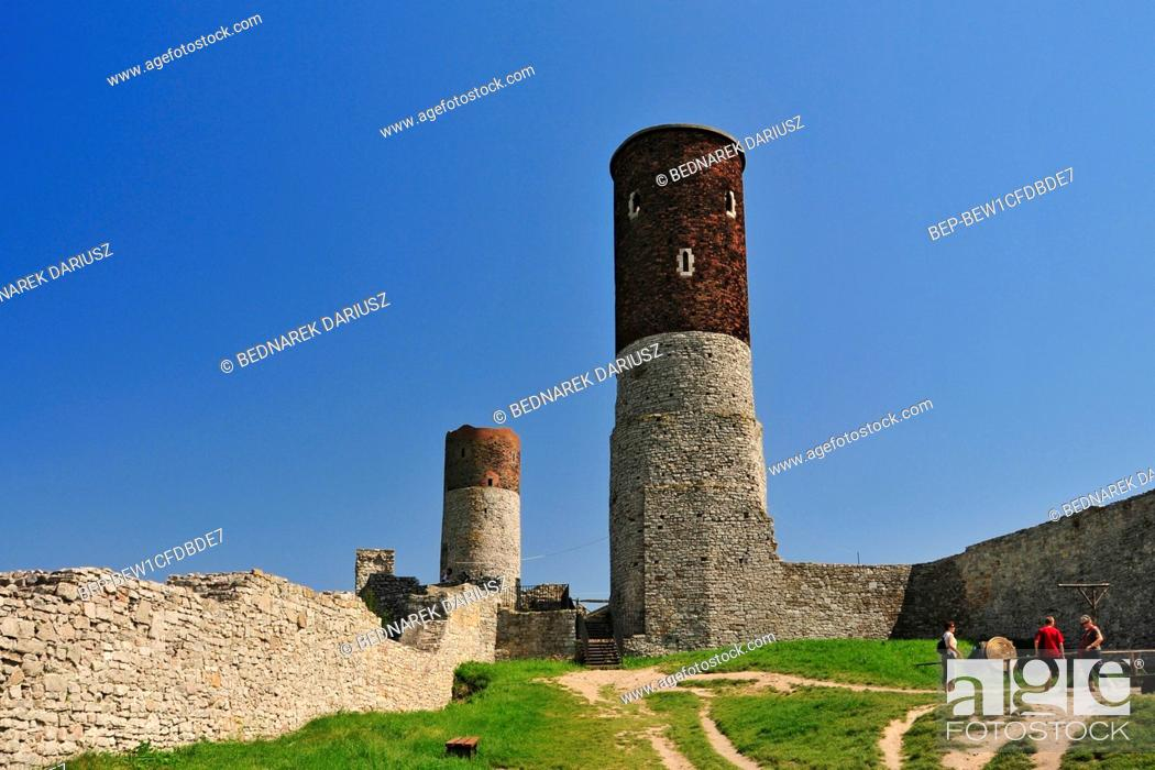 Stock Photo: Ruins of the royal castle in Chentshin, Swietokrzyskie Voivodeship, Poland. The construction of the fortress probably began around the 13th or 14th century.