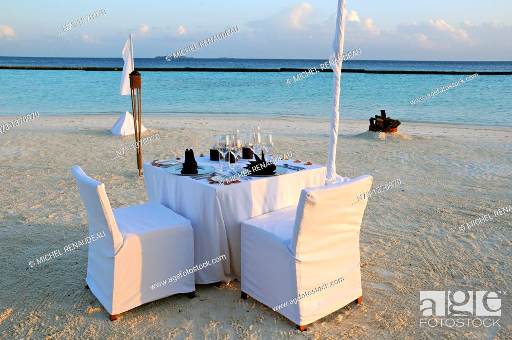 Stock Photo: Indian Ocean, Maldives, Alifu Alifu Atoll, Constance Halaveli Resort.