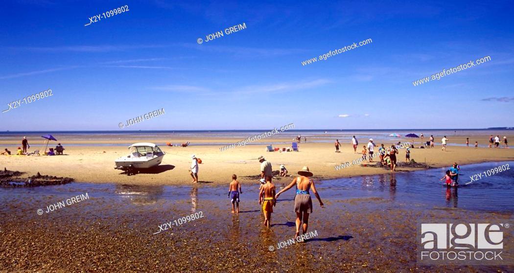 Stock Photo: Paines Creek Beach, Brewster, Cape Cod, MA.