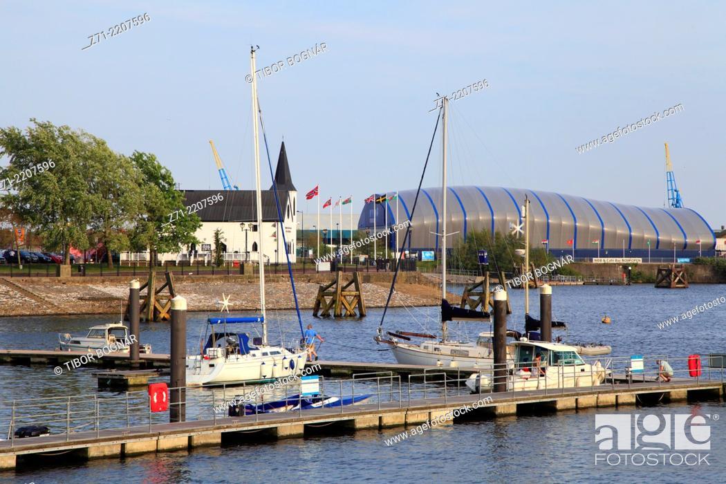 Stock Photo: UK, Wales, Cardiff, Bay, boats, Norwegian Church, Doctor Who Experience, .