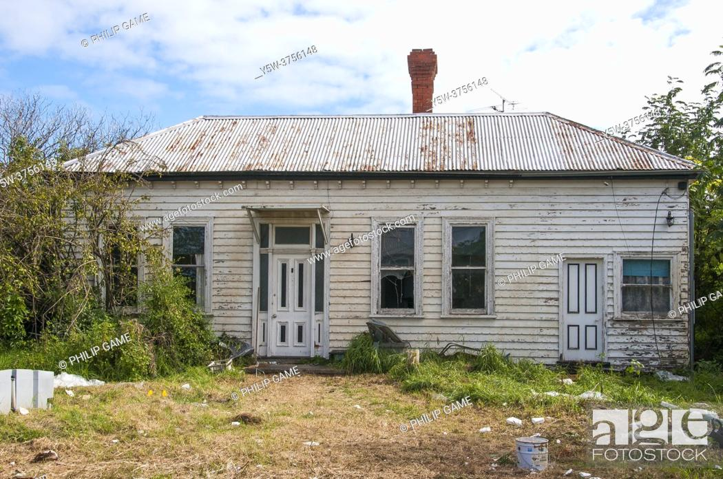 Stock Photo: A derelict property awaiting redevelopment in the upscale bayside suburb of Brighton, Melbourne, Australia.