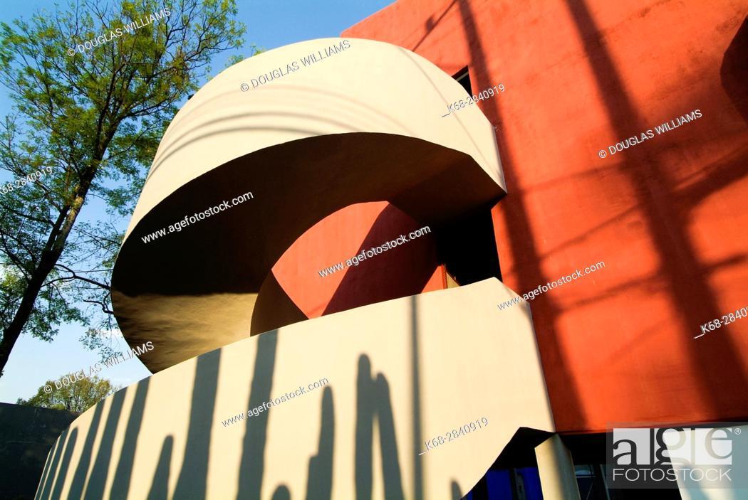Stock Photo: Museo Casa Estudio Diego Rivera y Frida Kahlo, San Angel, Mexico City, Mexico.