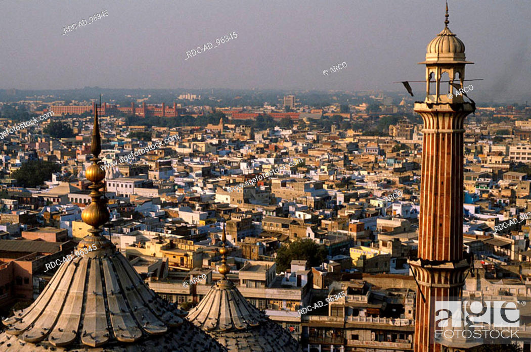 Imagen: View from the Jama Masjid Mosque on New Delhi India New Dehli.