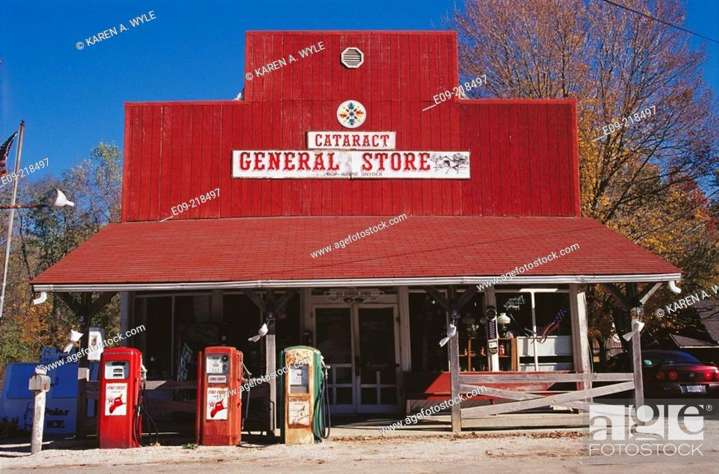 Stock Photo: General store. Cataract. Indiana. USA.