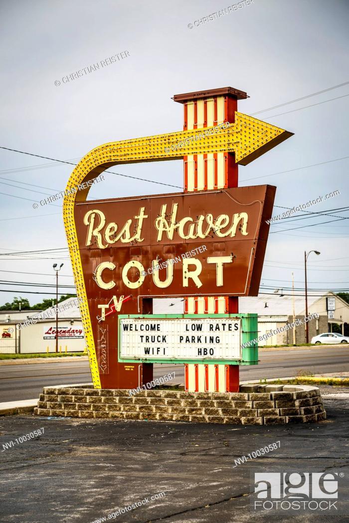Stock Photo: Motel, Historic Route 66, Springfield, Missouri, USA.