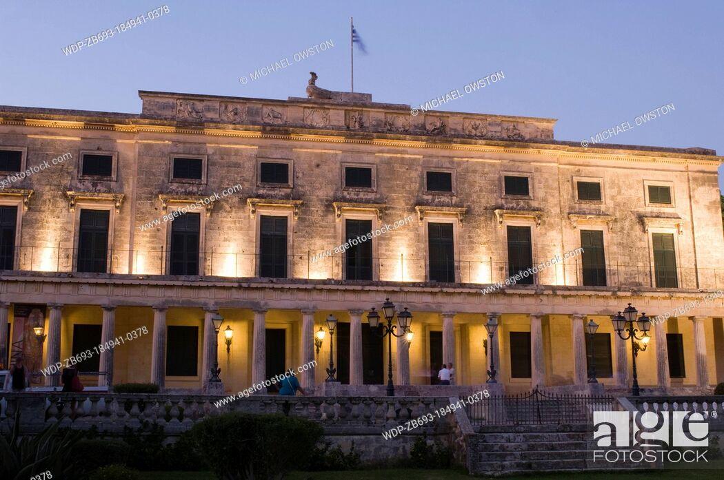 Imagen: Palace of St Michael and St George at twilight Corfu Town Corfu Greece.