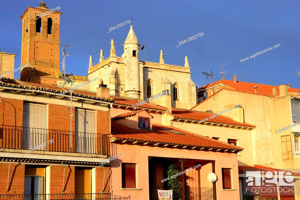 Stock Photo: Museum and church of San Antolin and facades, Tordesillas, Valladolid, Spain.