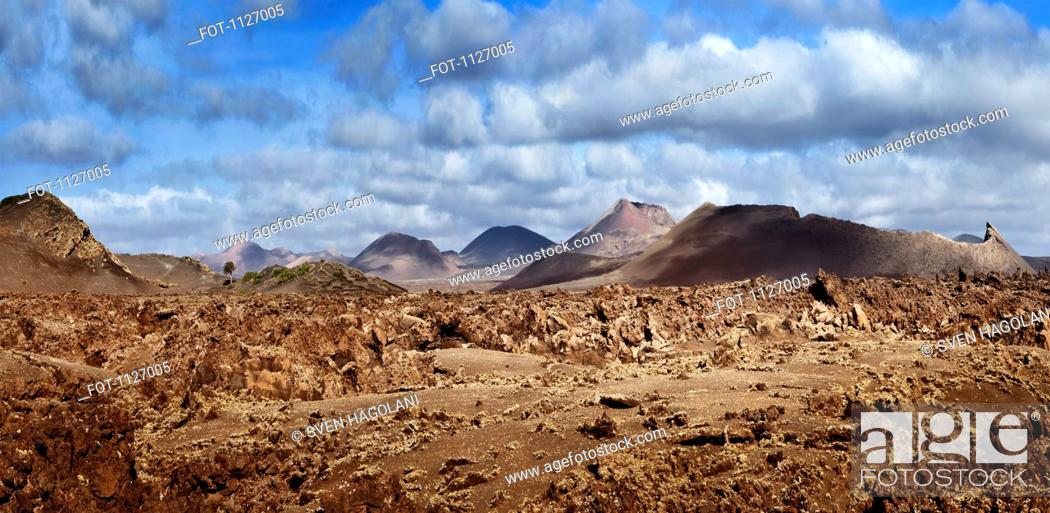 Stock Photo: Fire mountains in Lanzarote.