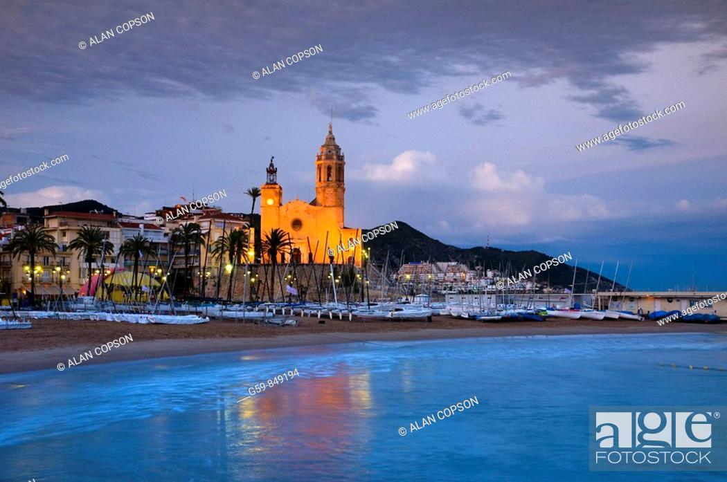 Imagen: Spain, Catalunia Catalunya, Sitges, Sant Bartomeu i Santa Tecla Church.