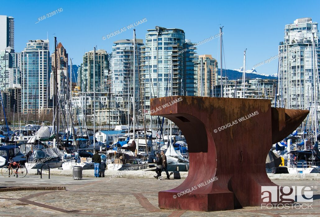 Imagen: Acoustic Anvil, A Small Weight to Forge the Sea, by sculptor Maskull Lasserre, art in Leg-in-Boot Square, Vancouver, BC, Canada, part of Vancouverâ.