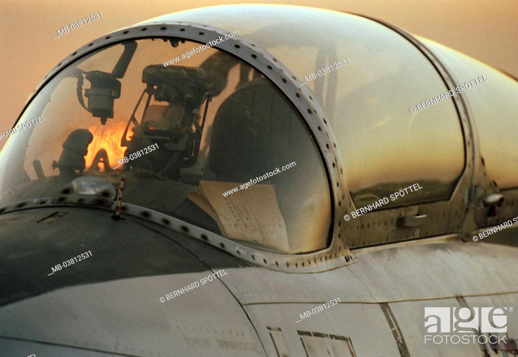 Kampfjet L-29, detail, cockpit, Military, military airplane, fight