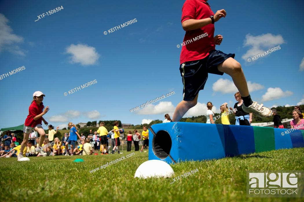 Stock Photo: Children at the annual School sports day at a small primary school, UK.