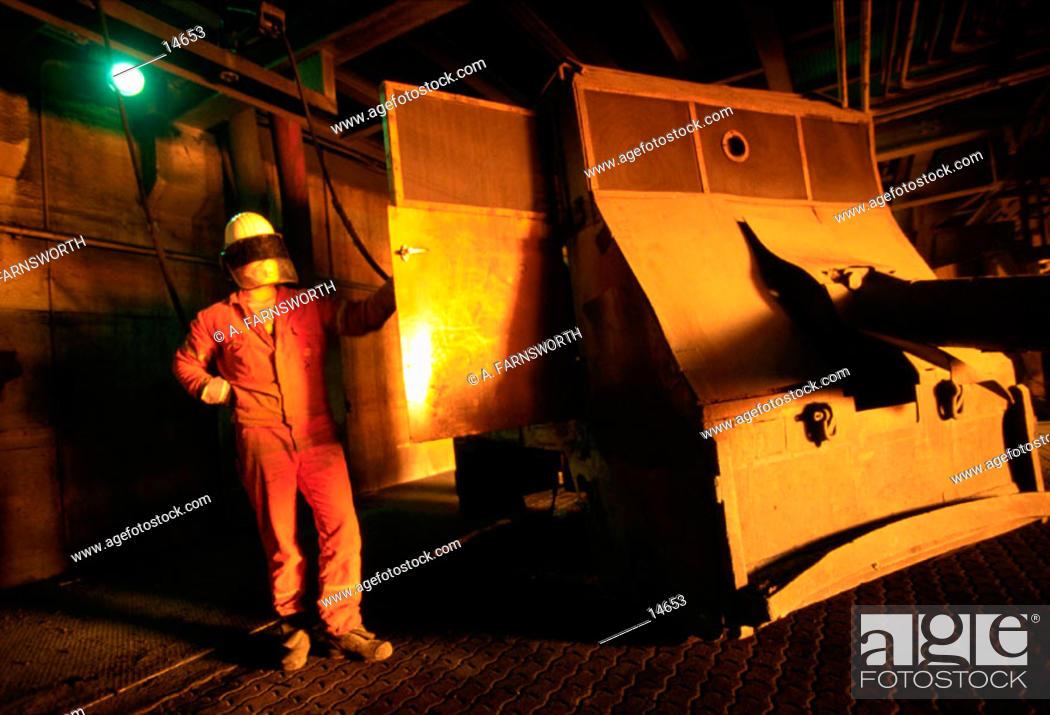 Imagen: Steel mill.