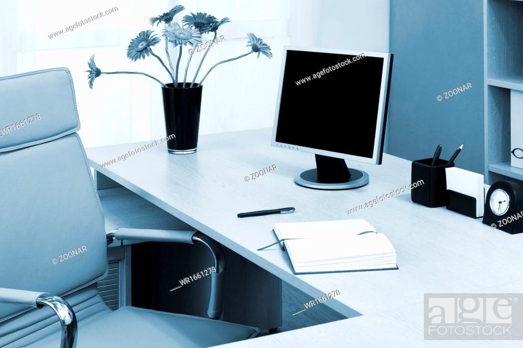 Stock Photo: monitor on desk.