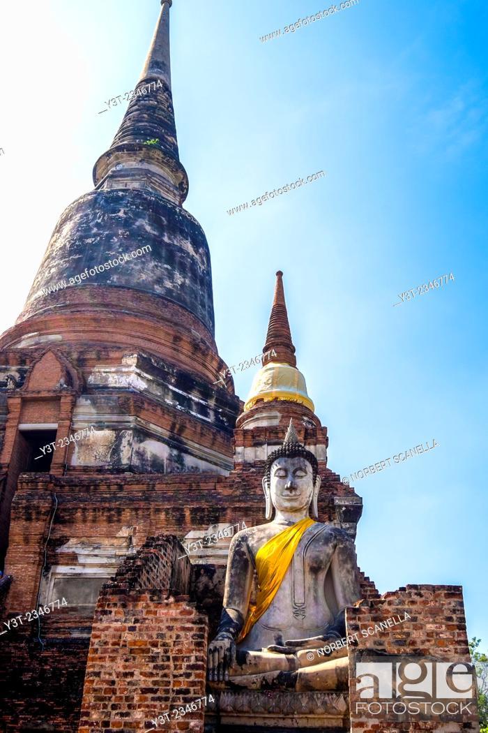 Stock Photo: Asia. Thailand, Phra Nakhon Si Ayutthaya, old capital of Siam. Ayutthaya archaeological Park, classified UNESCO World Heritage. Wat Yai Chai Mongkhon.