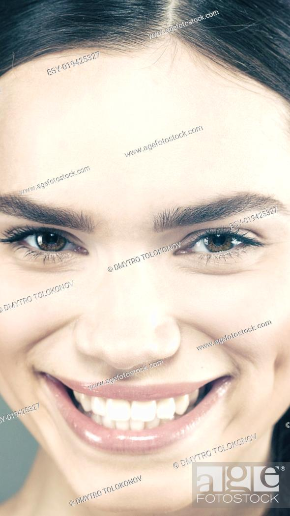 Stock Photo: Beauty smile. Attractive young girl smiling. Health banner.