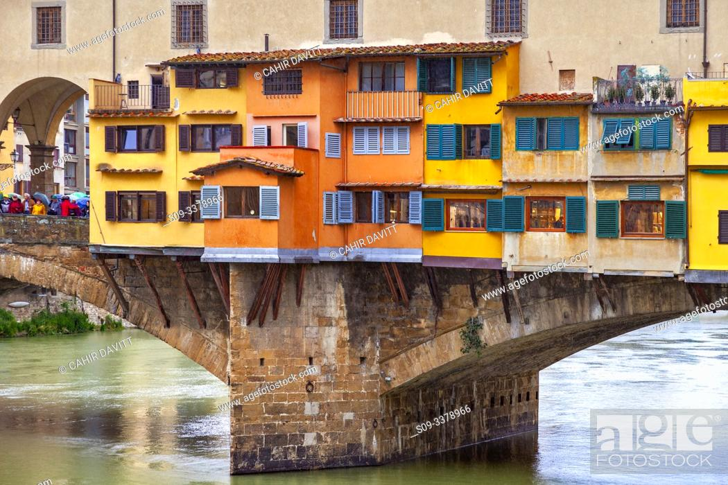 Stock Photo: Architectural detail of the Ponte Vecchio and the River Arno, Centro Storico, Poggio Imperiale, Firenze, Tuscany, Italy.