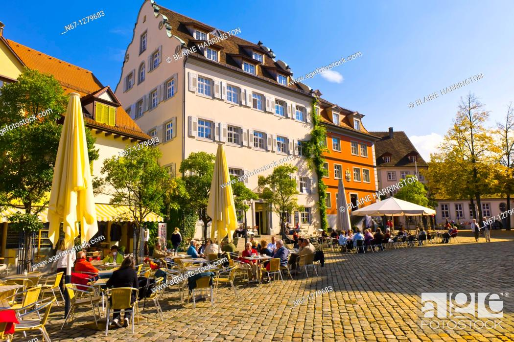 Stock Photo: Schlossplatz, the medieval city of Meersburg on Lake Constance Bodensee, Baden-Württemberg, Germany.