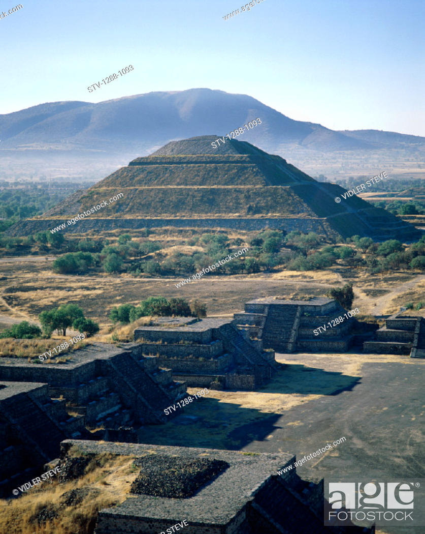 Stock Photo: Ancient, Holiday, Landmark, Mexico, Pyramid, Pyramid of the sun, Ruins, Sun, Temple, Teotihuacan, Tourism, Travel, Vacation,.