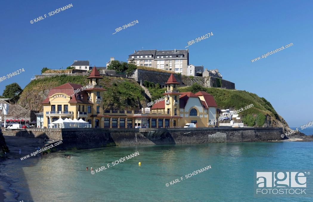 Stock Photo: Casino and Upper Town, Granville, Cotentin Peninsula, Département Manche, Lower Normandy, France.