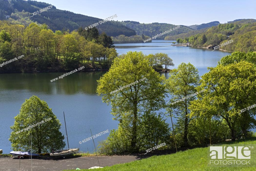 Imagen: Europe, Luxembourg, Diekirch, Lultzhausen, Views of Lac Sure and Ningserbaach.
