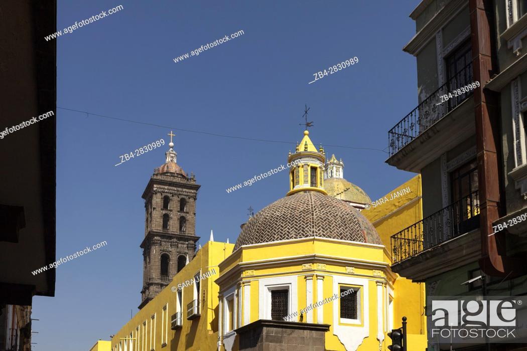 Stock Photo: Puebla de Zaragoza, Estado de Puebla, México, América.