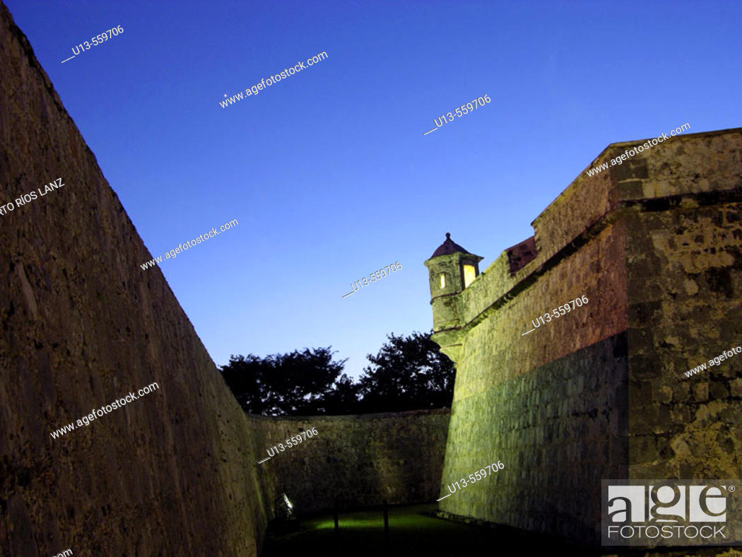 Stock Photo: Historic fort in Campeche. Mexico.
