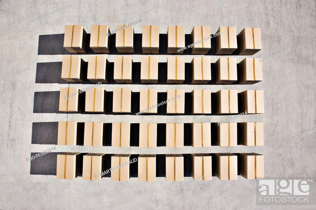Stock Photo: Lines of boxes.