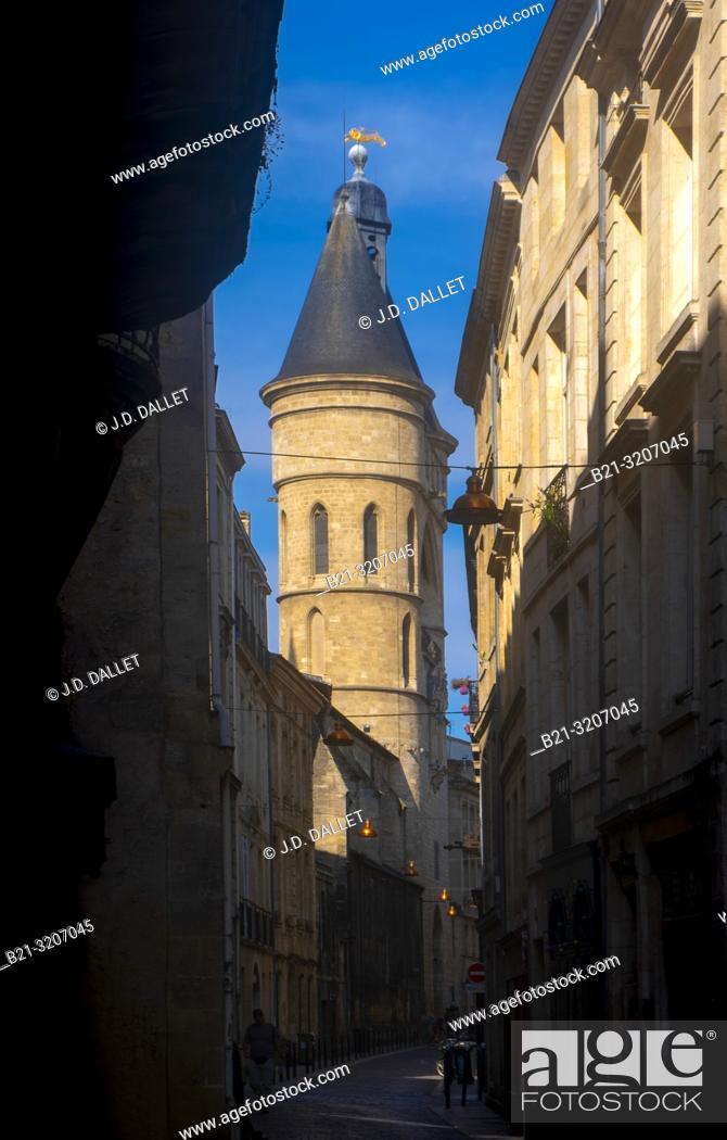"""Imagen: France, Nouvelle Aquitaine, Gironde, """"""""Porte Saint Eloï"""""""" gate,at Bordeaux. Pilgrimage way to Santiago de Compostela."""