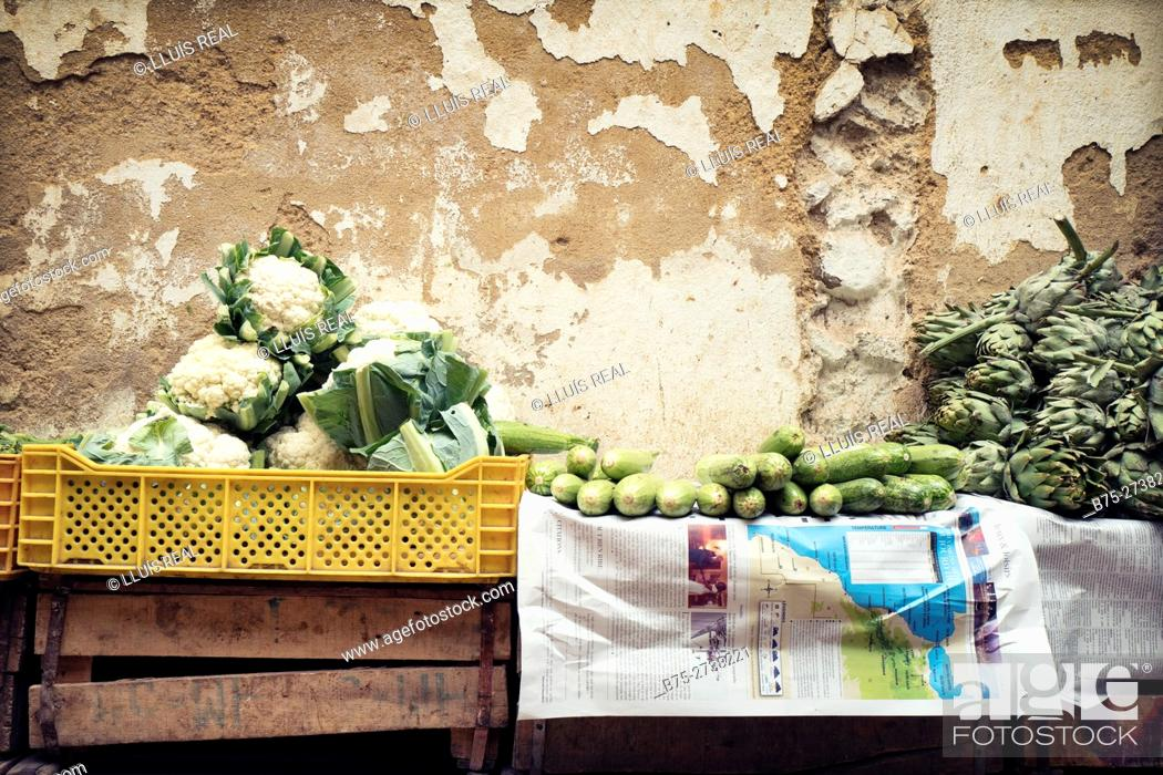 Stock Photo: Stall in the street,  selling vegetables (cauliflower, artichokes, courgettes) in the Medina of Fez, Morocco.