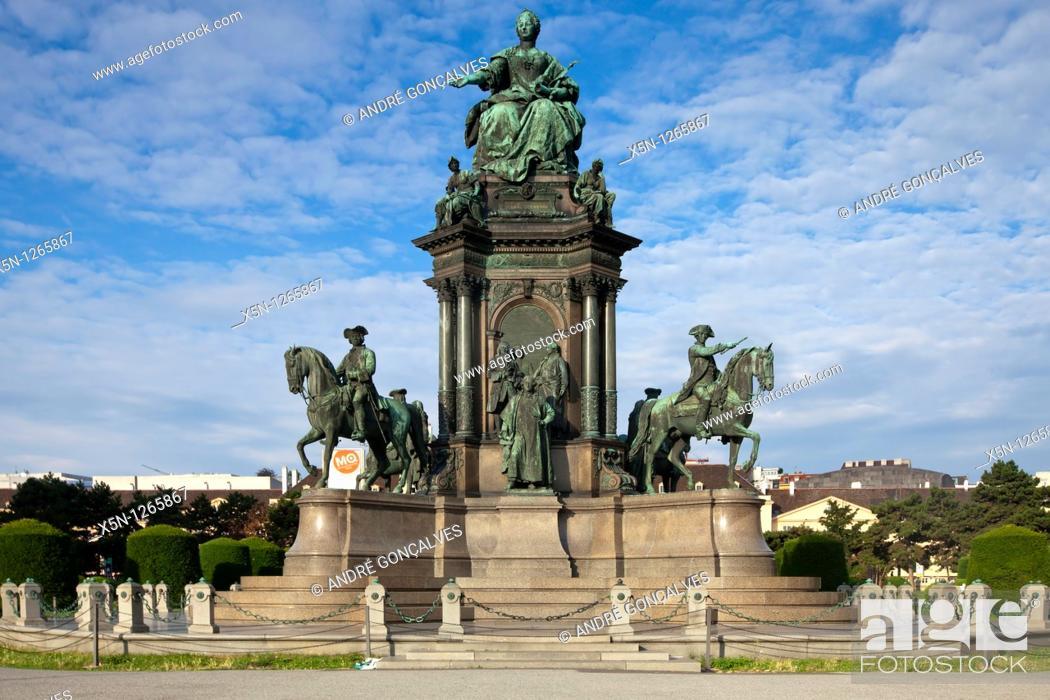 Stock Photo: Maria Theresia Statue, Vienna, Austria.