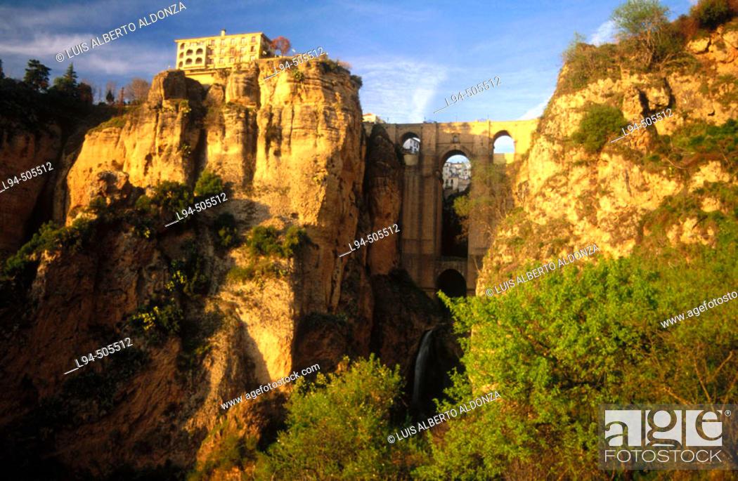 Stock Photo: 'Tajo' gorge and Puente Nuevo (new bridge), Ronda. Málaga province, Andalusia, Spain.