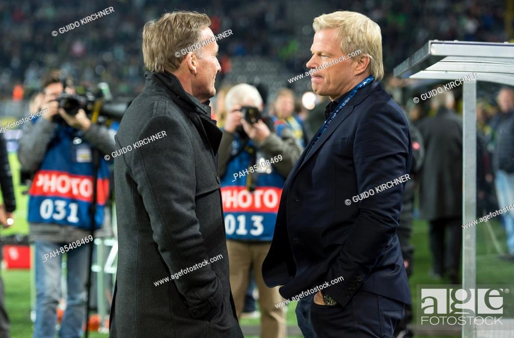 Oliver Kahn R Talks To The Ceo Of Borussia Dortmund Hans Joachim