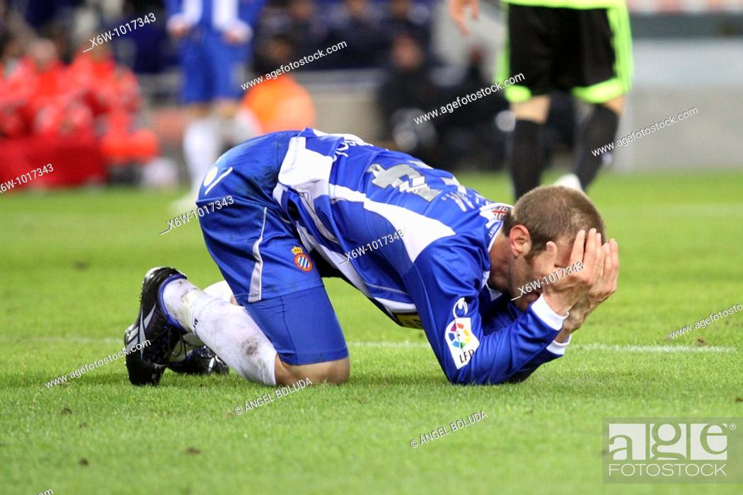 Stock Photo: Cornellá-El Prat Stadium, 10/01/2009, Spanish League, RCD Espanyol vs. Real Zaragoza, Iván Alonso.