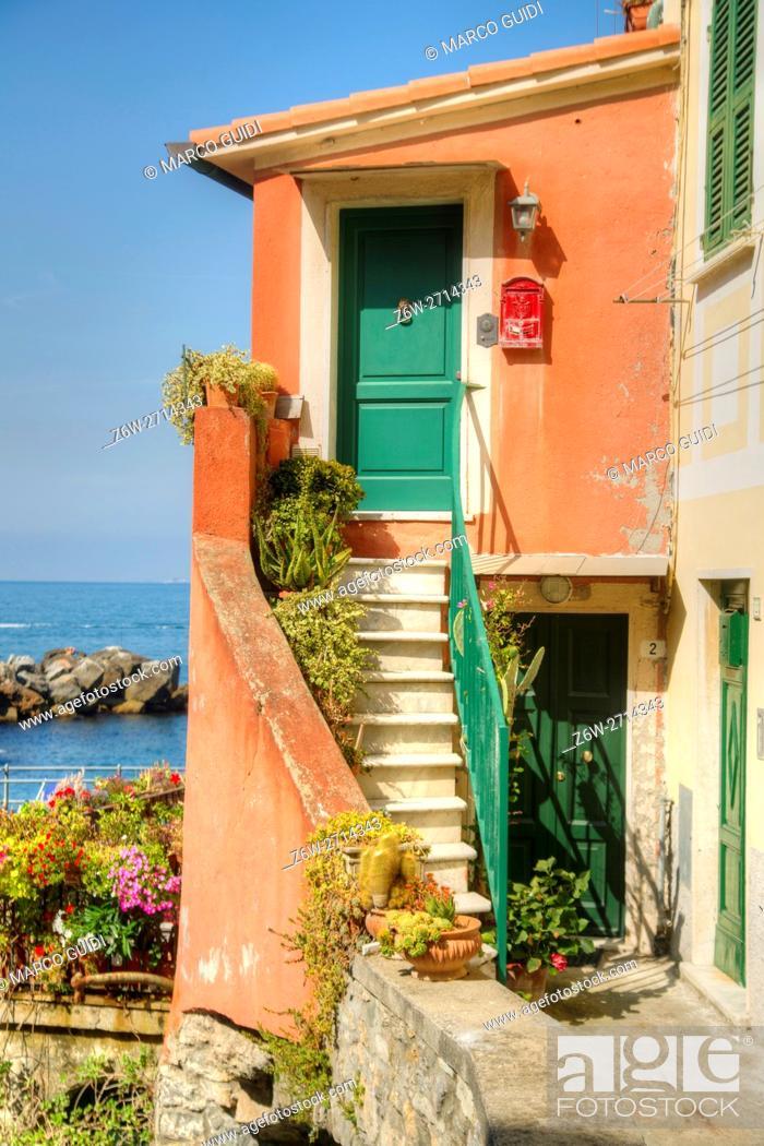 Imagen: View of the small village of Tellaro Liguria Italy.