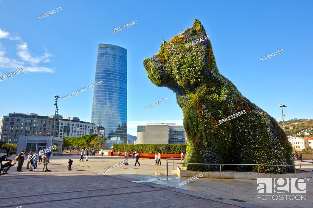 Stock Photo: Europe, Spain, Basque country, Bilbao, Guggenheim Museum, Puppy' statue by Jeff Koons.
