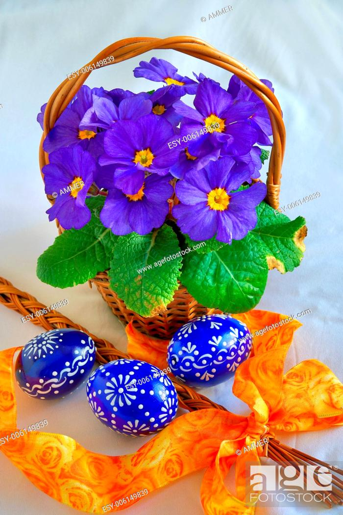 Stock Photo: Colorful easter decorations, eggs and spring flowers.