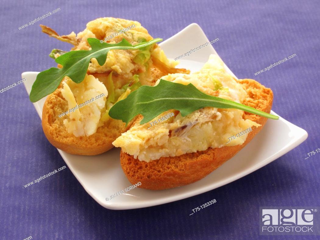 Stock Photo: tortilla snack Potato and ham.