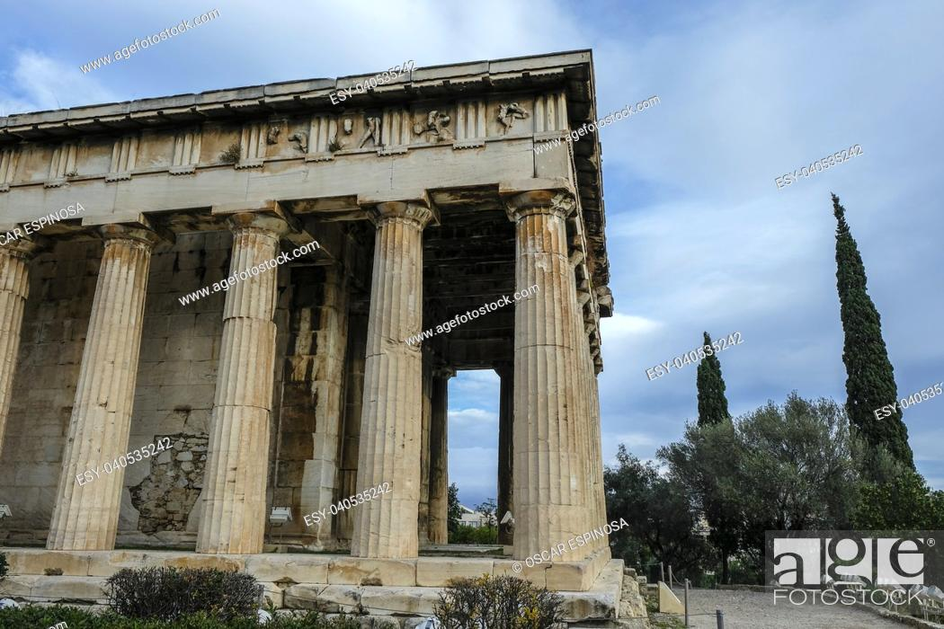 Imagen: Temple of Herphaesus in the Ancient Agora in Athens, Greece.