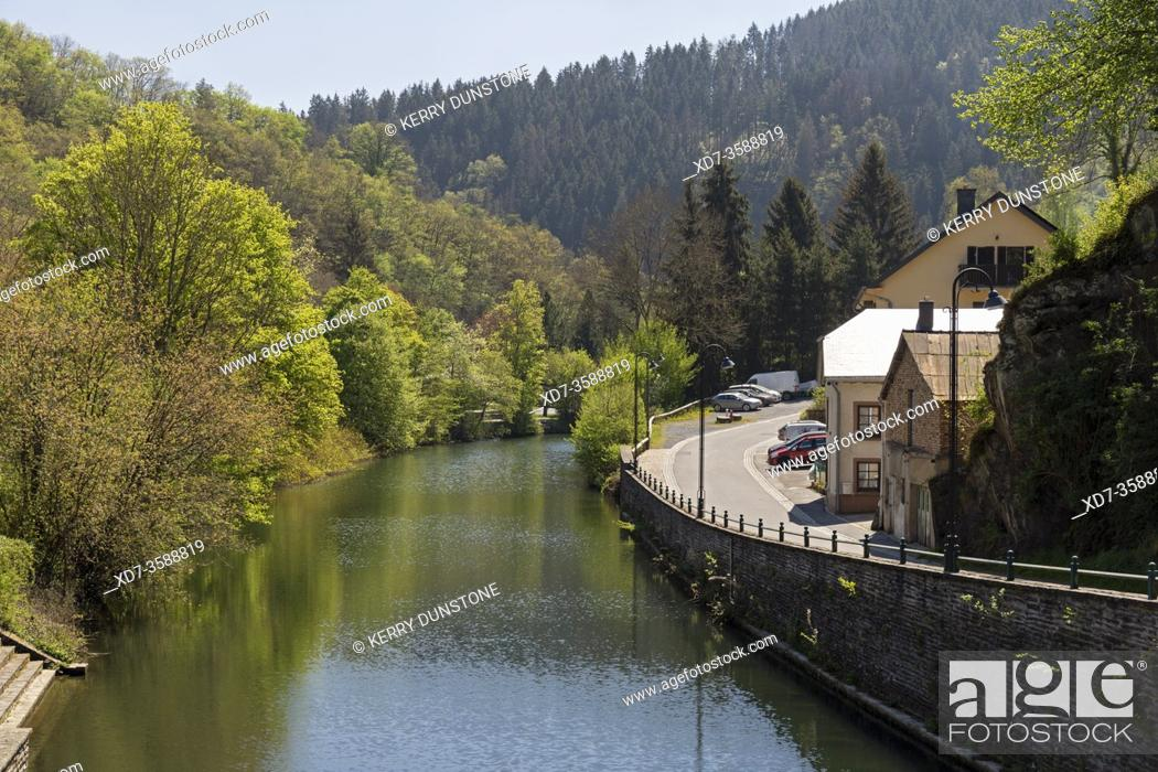 Stock Photo: Europe, Luxembourg, Diekirch, Esch-sur-Sûre, Views of River Sûre near Rue d'Eschdorf.