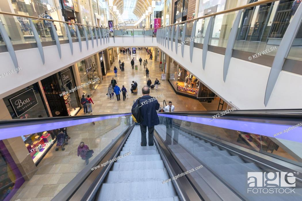 Stock Photo: Cardiff, South Glamorgan, Wales, United Kingdom. Queens Arcade shopping centre.