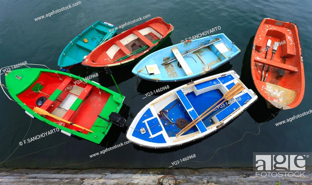 Stock Photo: Boats in port, Castro Urdiales, Cantabria, Spain.