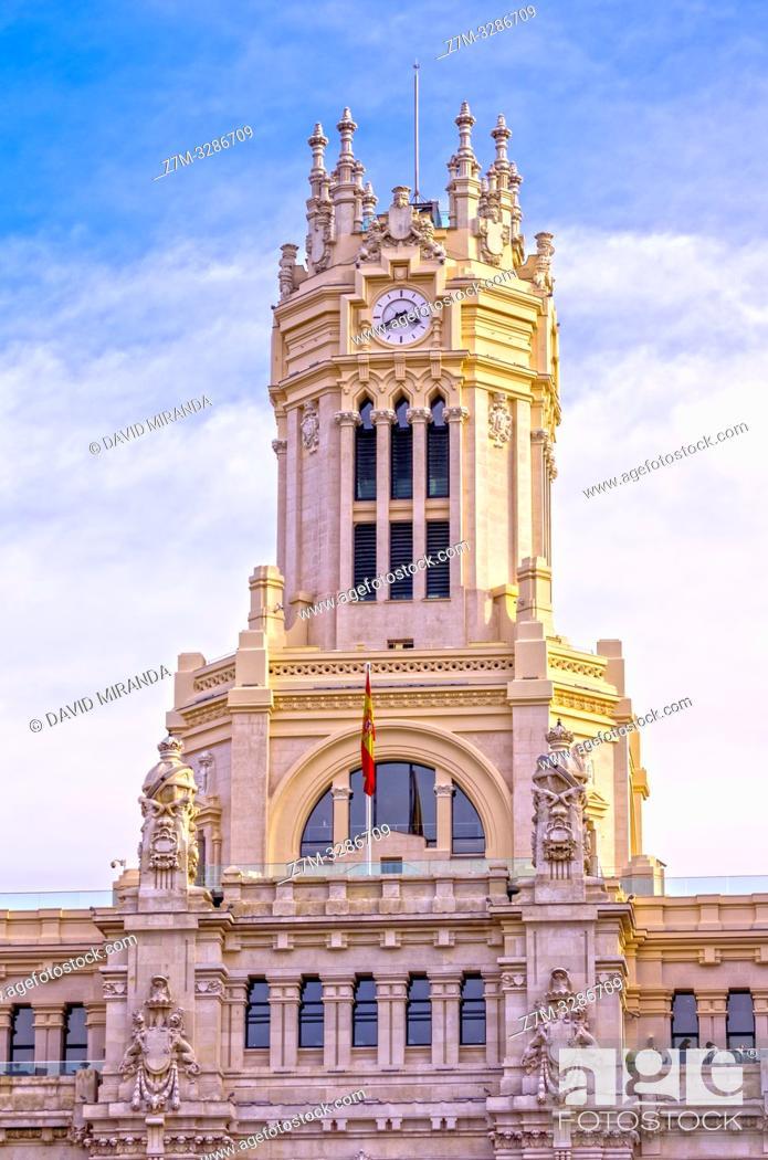 Imagen: Torre del Palacio de las Comunicaciones (ayuntamiento de Madrid). Madrid. España.