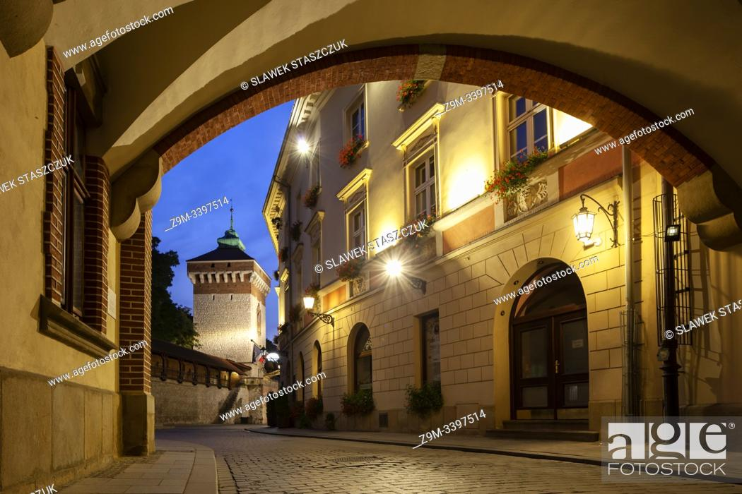 Stock Photo: Dawn in Kraków old town, Poland.