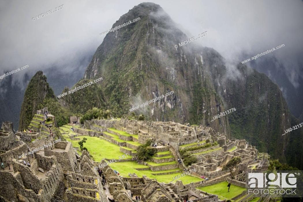 Stock Photo: The Inca lost ruins at Machu Picchu, Peru.
