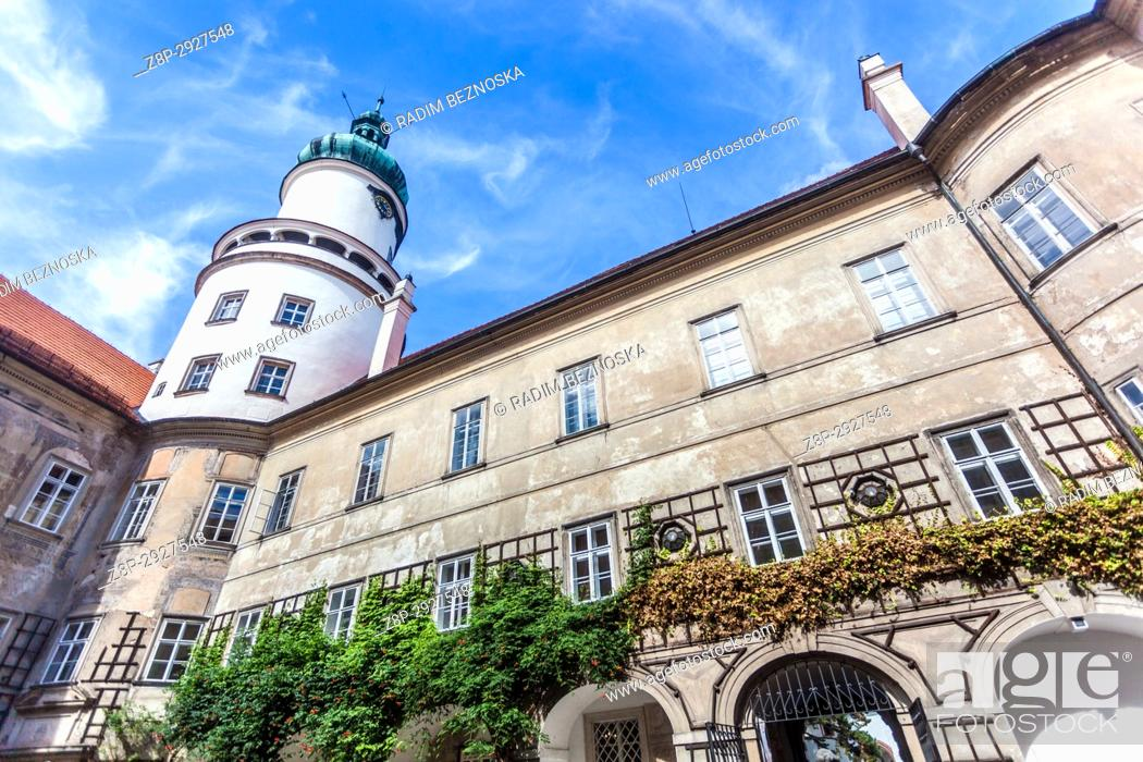 Stock Photo: Nove Mesto Nad Metuji Castle, Czech Republic, courtyard.